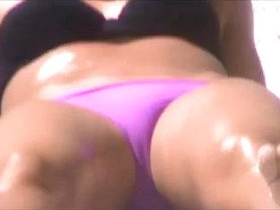 Candid Voyeur Friendly Latina Crotch Shot 162, Fat Pussy