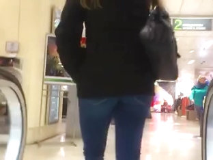 Nice Fanny On Escalator In A Voyeur Street Candid Clip