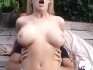 Hawt Blond Michelle Receive Double Penetration