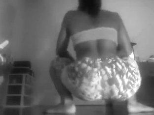 Astounding Ass Popping Cam Dance Movie