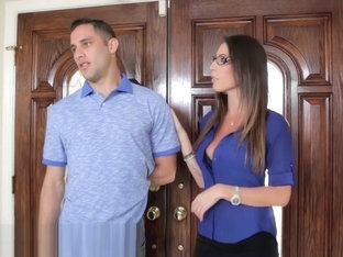 Horny Mom Wants Her Daughter's Boyfriend's Cum On Her Glasses