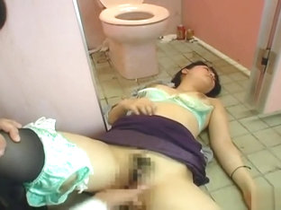 Drunk Asleep Japanese Chick Gets Fucked In The Toilet
