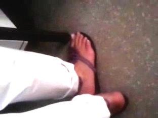 Public Feet 63