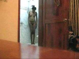Black Girlfriend Showering On Hidden Cam