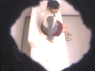 Asian Chick Allows Her Nude Holes Under Medical Examination
