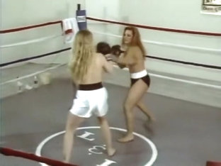 Ll-81 Topless Boxing