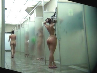 Gym Showers With Lots Of Naked Ladies Washing