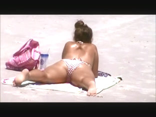 Candid Teen Cameltoe Beach Spy 77, Wide Open