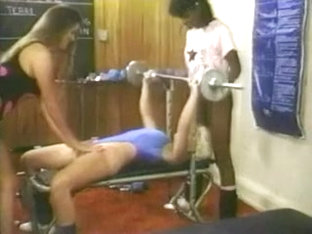 Girls On Gym - Vintage Fitness Girls.