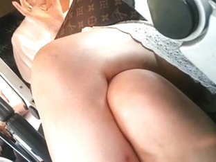 Sexy Women Upskirt In The Minibus Taxi Part2