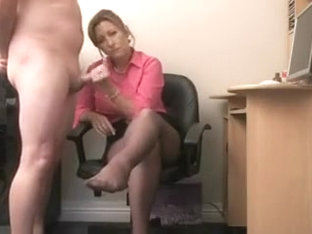 Amateur Cfnm Video Of Wife Doing Handjob To Husband