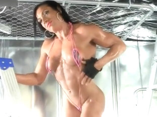 Muscle Goddess Self-satisfies Her Lustful Pussy