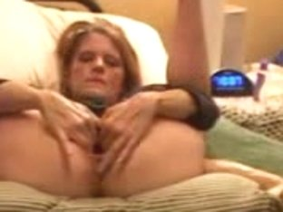 Horny Chick Puts Her Legs In The Air And Masturbates Like Crazy