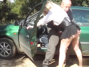 Dogging Blonde MILF Fingered Lustily From Behind