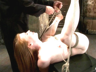 Madison Young In Huge Nipples Tied And Stretched. Double Penetrated To Orgasm - Hogtied