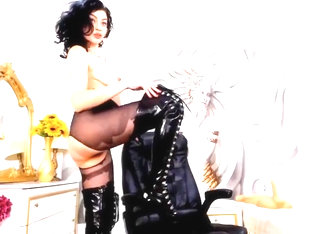 Webcam Pantyhose And Boots Show