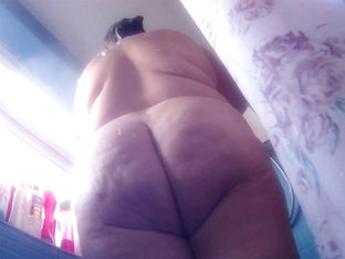 Thick Ass Bbw Spied On While Taking Shower - Compilation