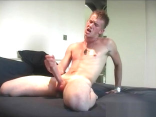 Hunky Matt H Stripping And Jerking Part3