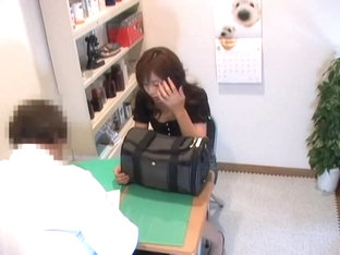 Nice Pussy Pounding During Perverted Medical Examination
