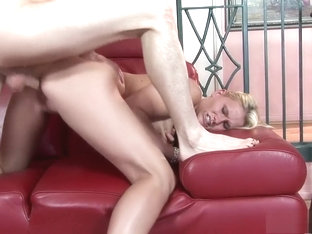 Juliana Jolene Is Desperate To Feel A Thick Rod Inside Her Cunt