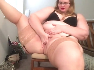 Trentenaire mamie porno