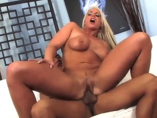 Tanned MILF Sadie Swede Gets Nailed By Asian Stud