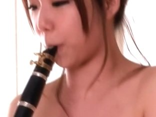 Sex Nympho Av Debut Clarinet Player For The First Time And I Do Not Think Alice Rapids