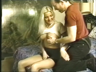 Regarder la vidéo Professeur dallemand baise jeune fille de lécole gratuit.