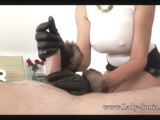Sonia Jerks Off Twitter Fan With Leather Gloves On - Ladysonia