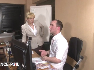 La France A Poil - Mature Wife Catches Husband Jerking