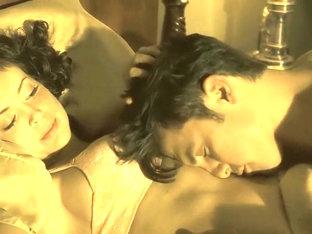 Alyssa Milano & Lauren Lee Smith In 'pathology' (2008)