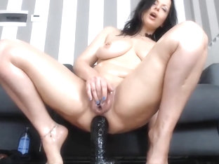 Damn Huge Pussy Masturbation Messy Squirts