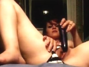 Agreeable Hotty Playing