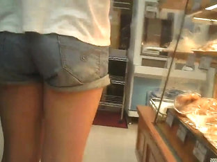 Shadowing Of Short Pants And Bra Sneak Shot