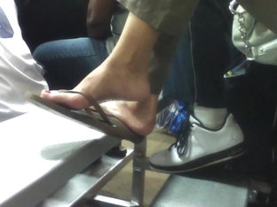 Candid Teen Flip Flop Dangle Shoeplay Feet