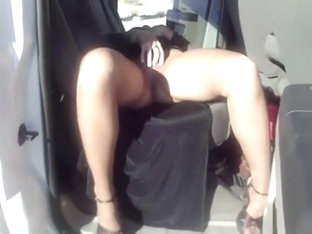 Wife Flashes Her Pussy From The Car