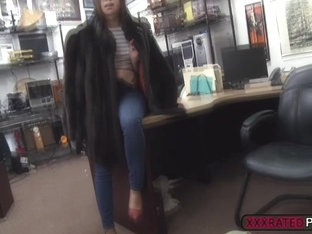 Gorgeous Babe Fucks Shawns Cock In The Office For Cash