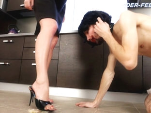 Mistres Nicole Videos - Under-feet