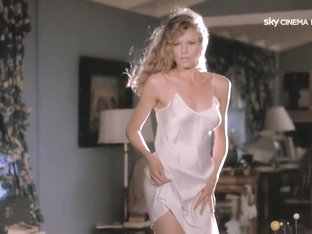 My Stepmother Is An Alien (1988) Kim Basinger