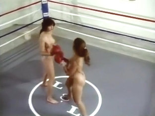 Ll-86 Topless Boxing