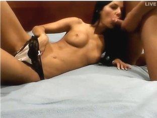 Bj Gets Her Amateur Pussy Burning