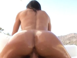 Big Ass Kendra Lust Does Awesome Blowjob