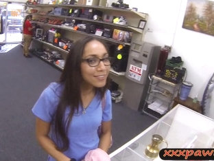 Amateur Girl In Glasses Gets Her Twat Fucked At The Pawnshop