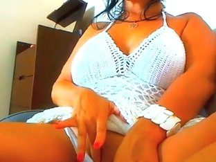 Busty Babe Rubs Her Clit