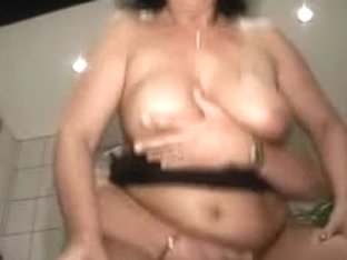Aged Susi Screwed In Her Washroom By Snahbrandy