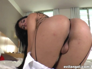 Amazing Pornstar Beatricy Velmont In Horny Blowjob, Brazilian Adult Clip