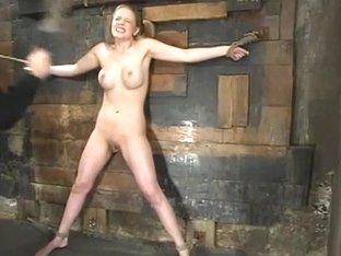 Anna Mills