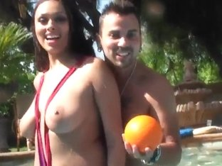 Super Titty Babe Bethany Benz Having Pool Funs In The Sunshine