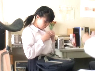 Hidden Cam Video With Asian Cunt Fingered At The Gyno Clinic
