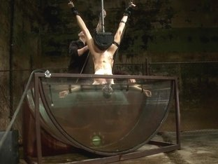 Underwater Inverted Sybianhelpless Big Tittied Blonde Suffers Mindblowing Orgasms